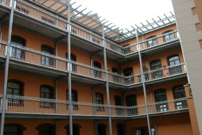 Dach 4