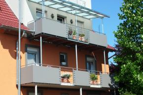 Balkon 8